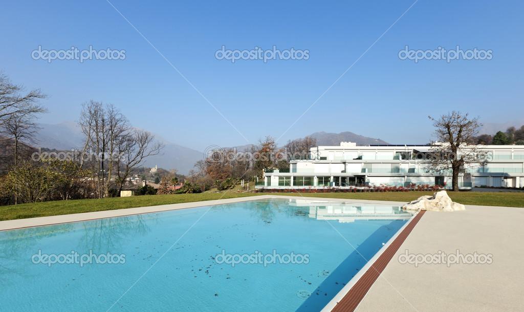 Moderne Architektur Blick Auf Den Pool Schwimmen Stockfoto