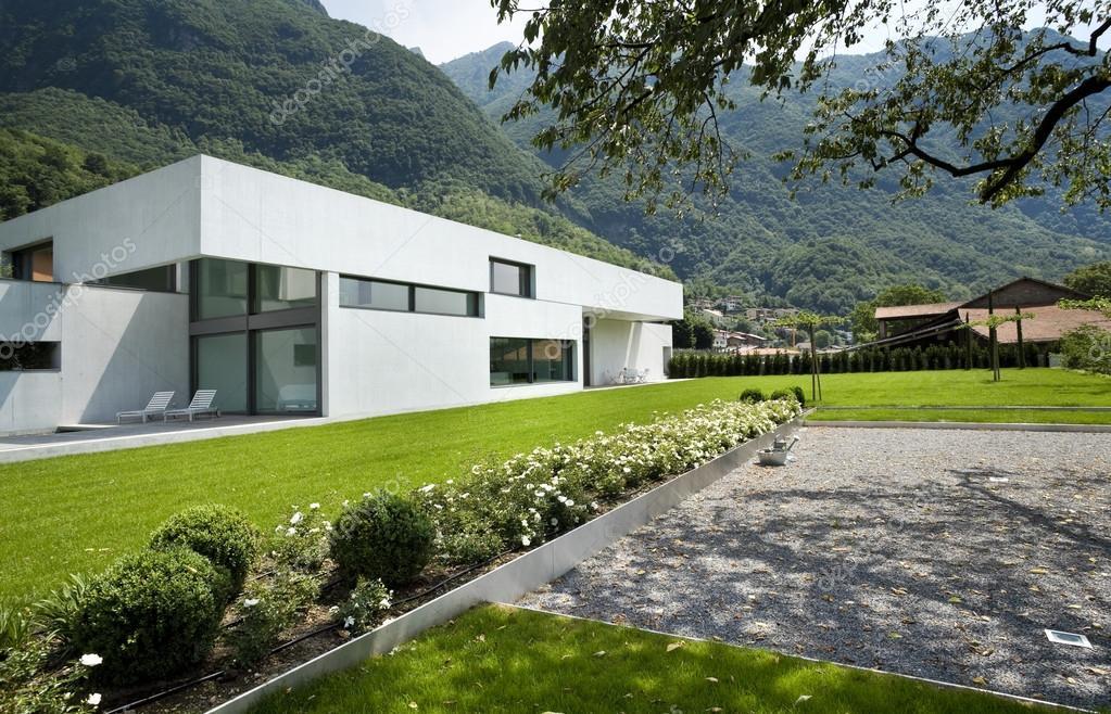 Moderne huis exterieur u2014 stockfoto © zveiger #25446011