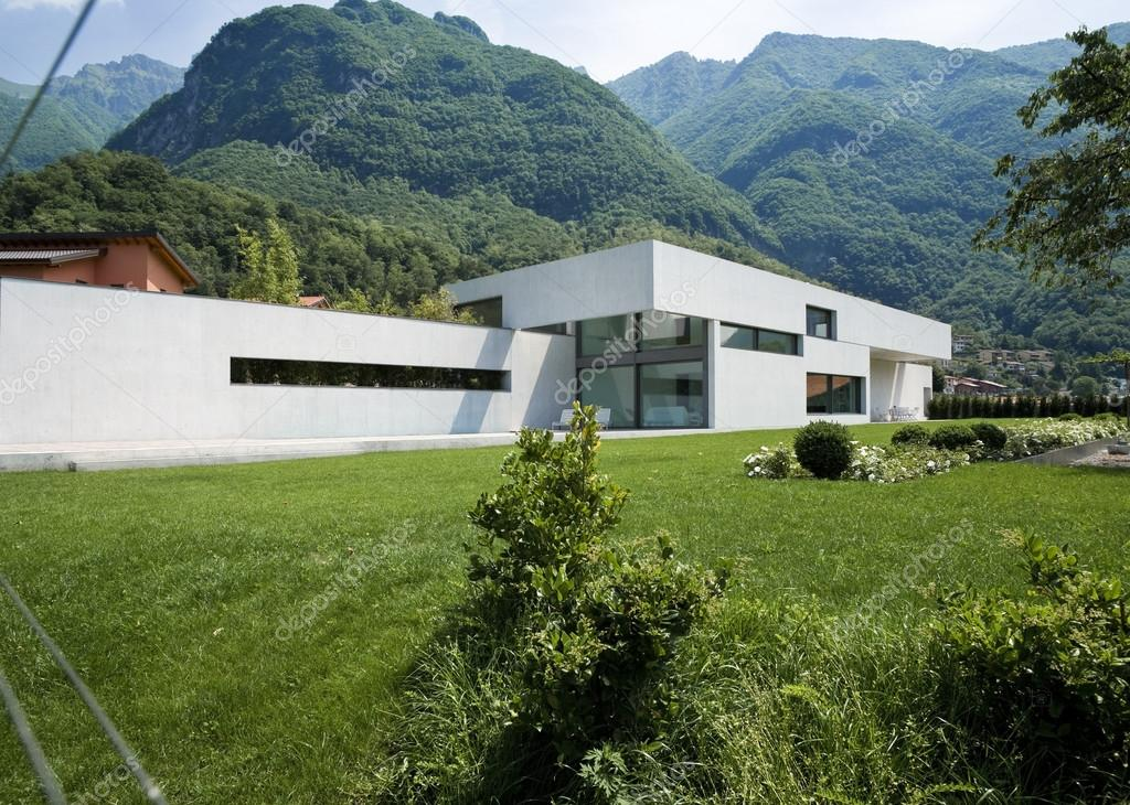 Moderne huis exterieur u2014 stockfoto © zveiger #25446999