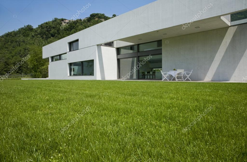 Moderne huis exterieur u2014 stockfoto © zveiger #25447407
