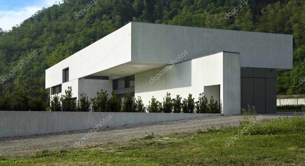 Moderne huis exterieur u2014 stockfoto © zveiger #25447523