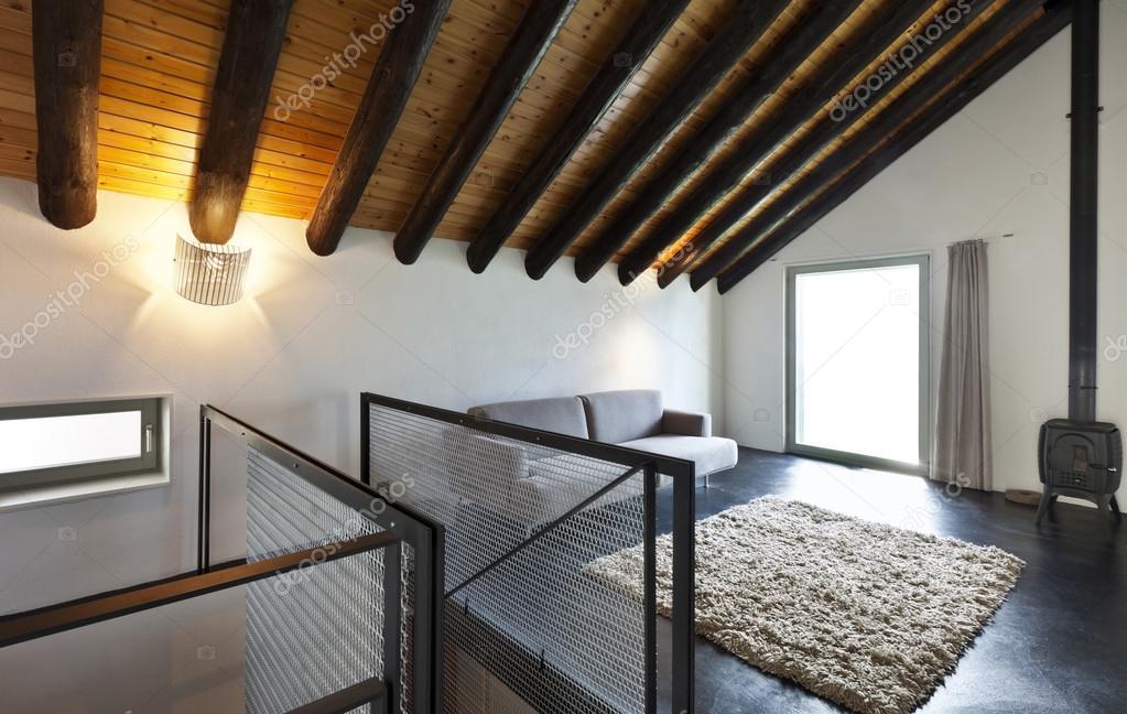 Interieur, moderne chalet — Stockfoto © Zveiger #26072057