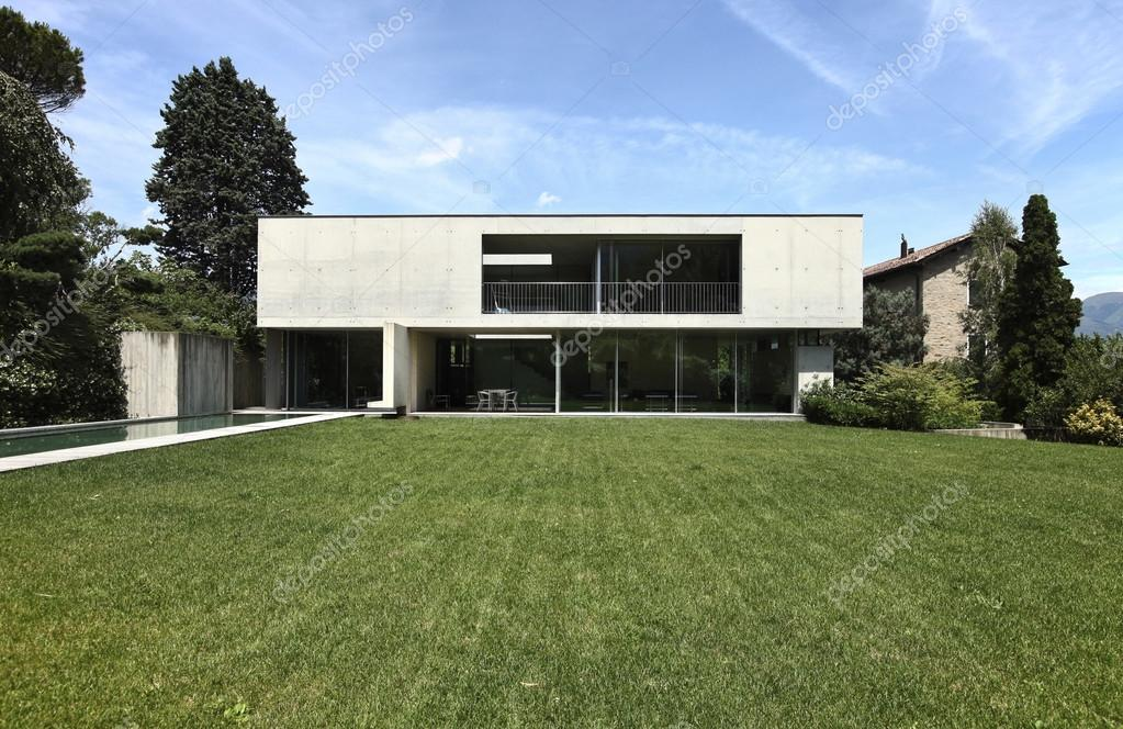 maison moderne design en beton — Photographie Zveiger © #26947411