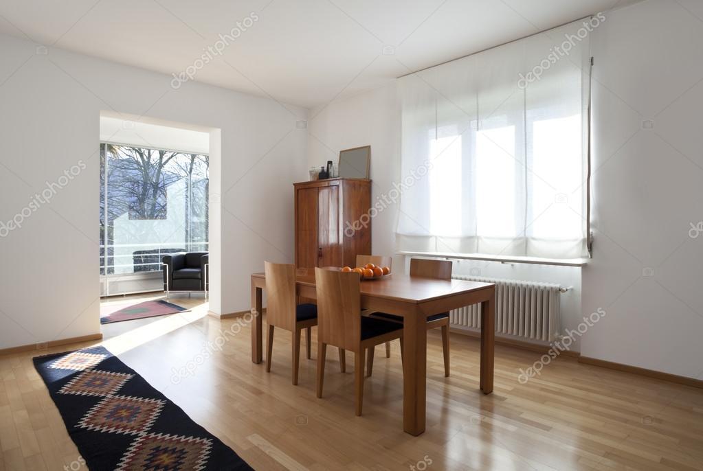 Einrichtung Einer Modernen Ferienwohnung, Wohn Esszimmer U2014 Foto Von Zveiger
