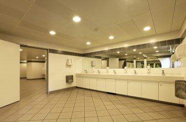 Congress Palace, public toilets