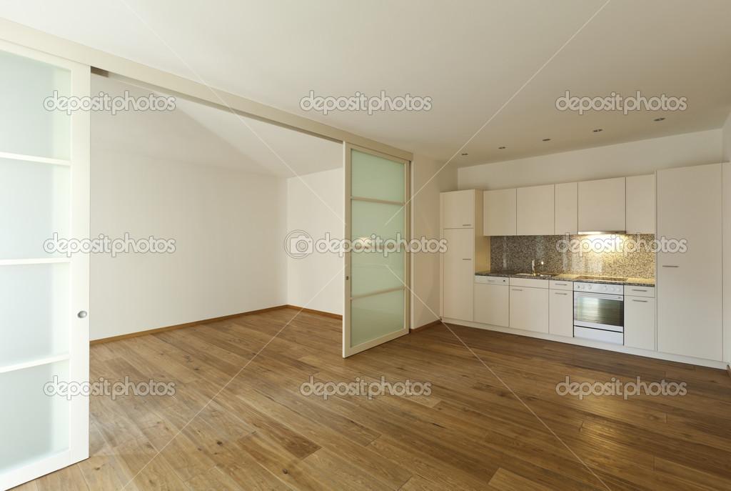 Vloer In Keuken : Huis met houten vloer keuken u2014 stockfoto © zveiger #35856773