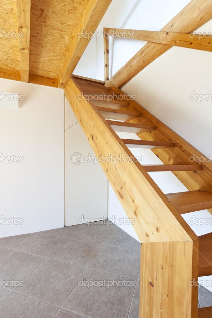 fából készült lépcső — Stock Fotó © Zveiger #37537761