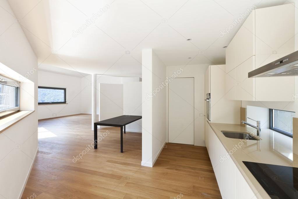 Interieur nieuwe huis keuken u stockfoto zveiger