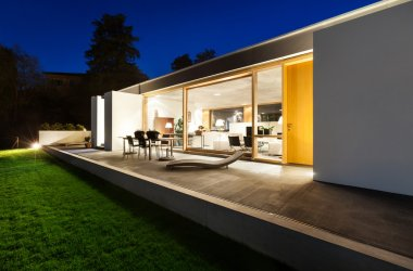 Modern villa, night scene