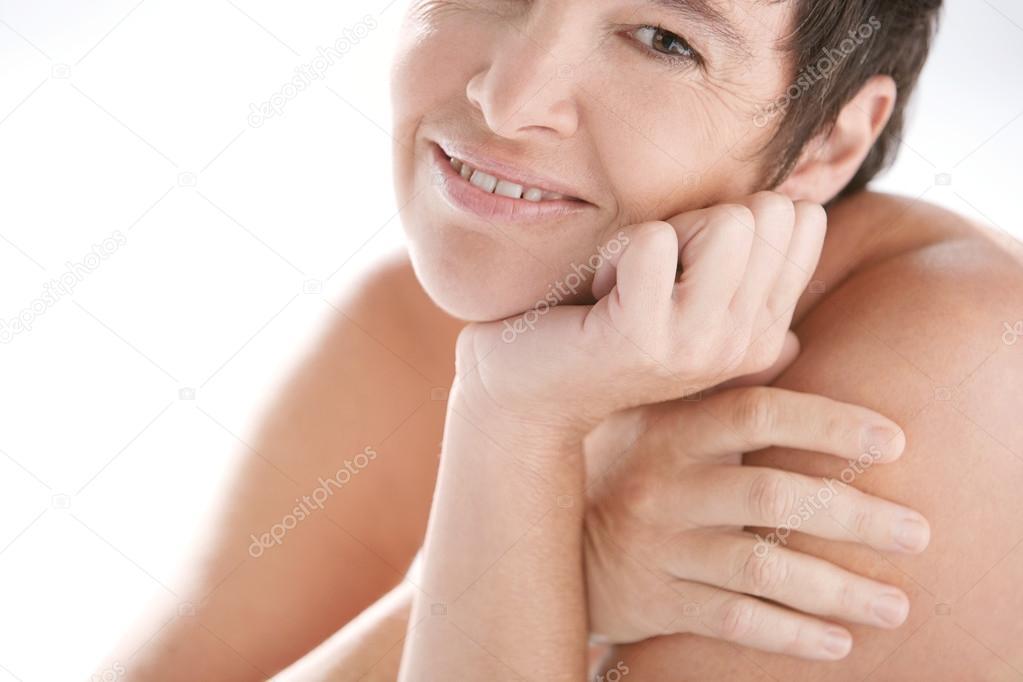 Çıplakmature kadın resimleri