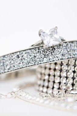 Quality female jewelery