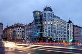 Česká republika - metropole Praha - moderní architektura - tanec domů