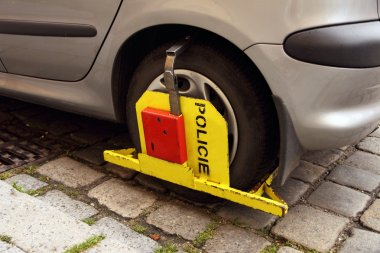 car with police boot