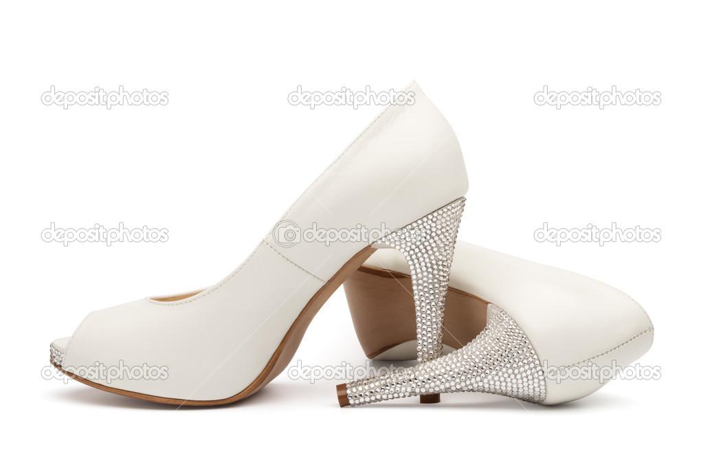 9d8a60fdd37 Ελεφαντόδοντο θηλυκό γάμου υποδήματα απομονωθεί σε λευκό φόντο — Εικόνα από  ...