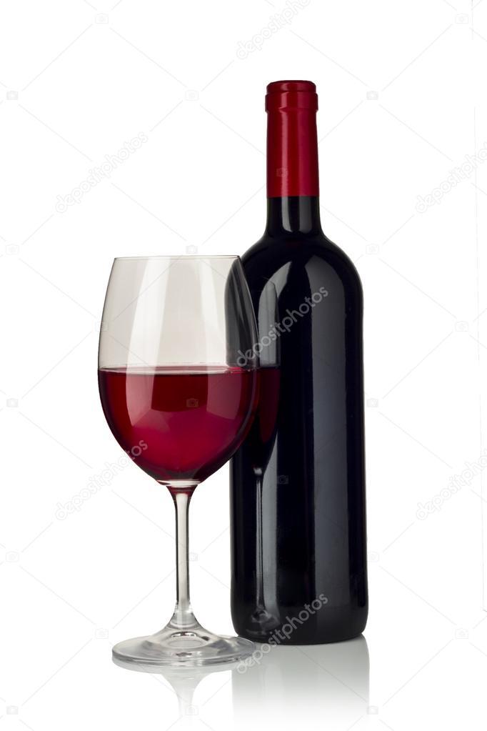 fotos botellas de vino y copas copa de vino tinto y una botella aislado sobre fondo blanco. Black Bedroom Furniture Sets. Home Design Ideas