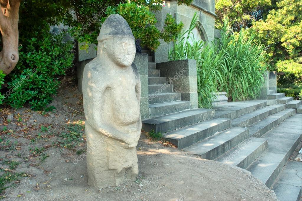 Ancient Pagan Sculpture In Park U2014 Stock Photo