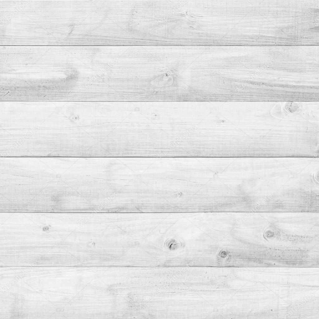 botas de madeira branca