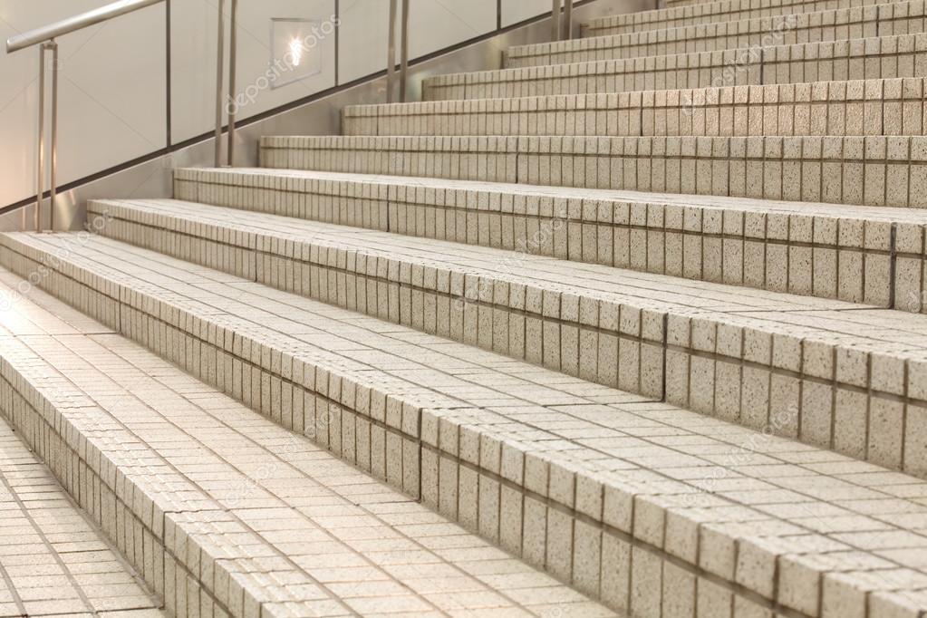 Witte trap beton u stockfoto torsakarin