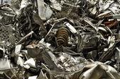kovového odpadu