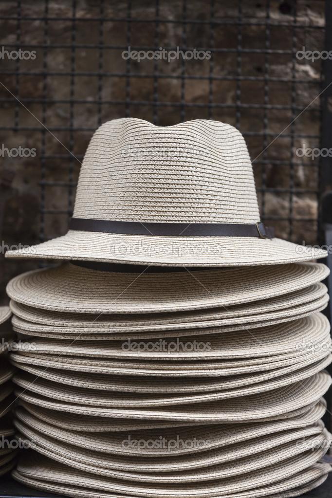 aac90d7ed chapéus feitos à mão — Fotografias de Stock © spetenfina  46711897
