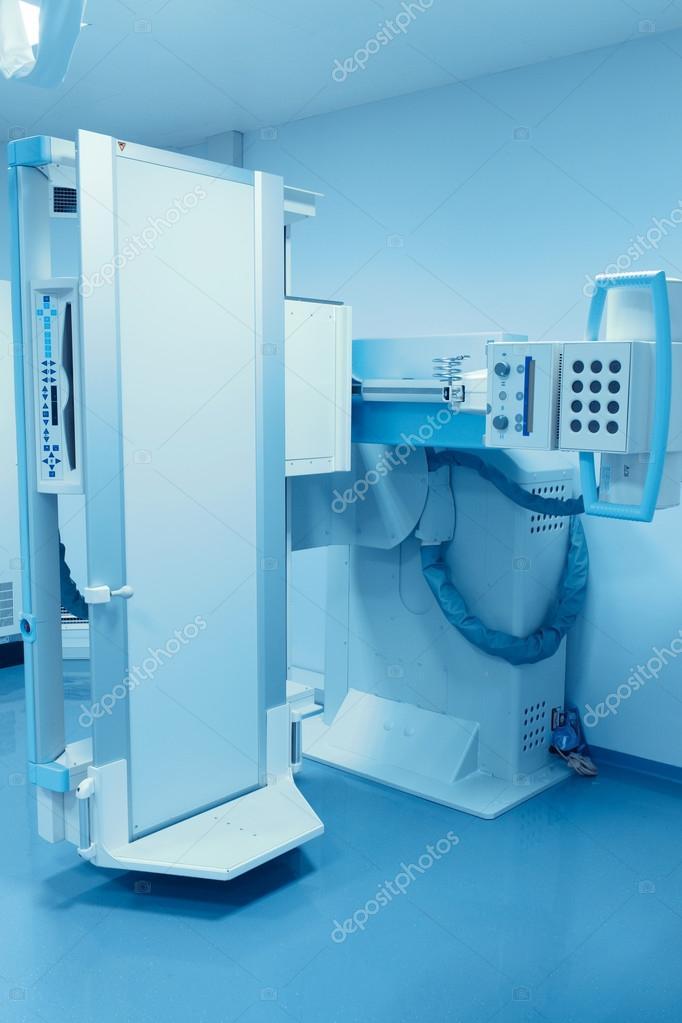 máquina de rayos x estacionario. los modernos equipos médicos ...