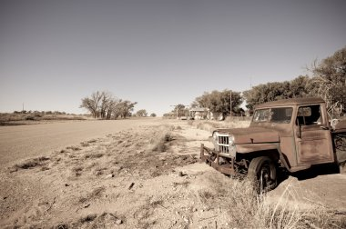 Old rusty car in  US Route 66, Texas