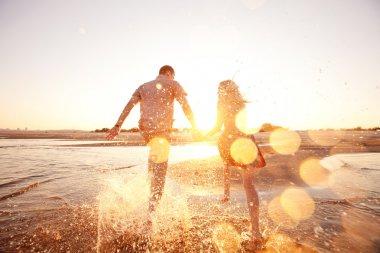 "Картина, постер, плакат, фотообои ""Пара, бегущая по пляжу"", артикул 23160614"