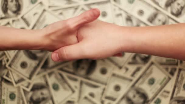 peníze, spousta sto dolarové bankovky