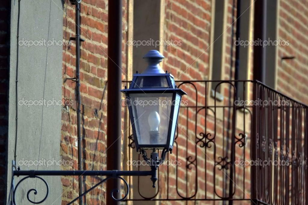 Lanterna Illuminazione : Lampioni. lanterna. luce. illuminazione u2014 foto stock © luciopepi