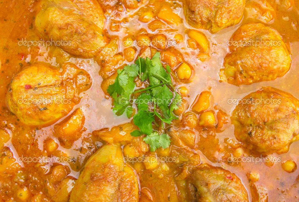 Noga Kurczaka Z Ciecierzycy I Sosem Curry Kuchnia Indyjska