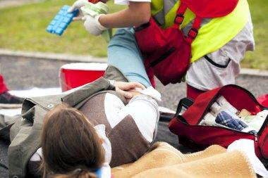 Spor yaralanma ilk yardım