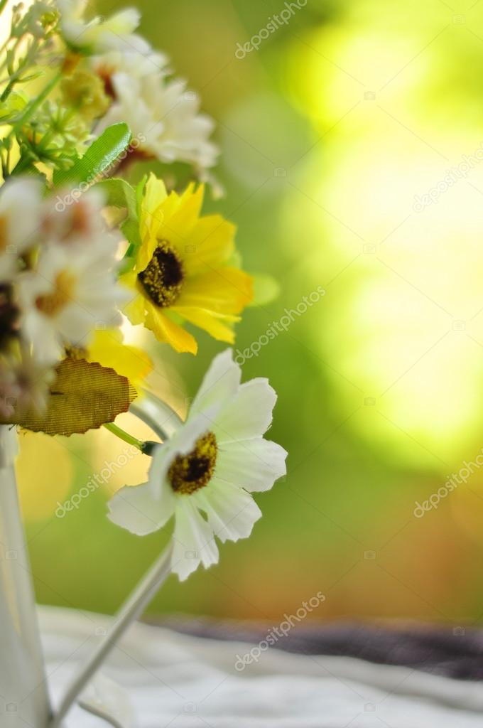 Guten Morgen Mit Blumenstrauß Stockfoto Pimnana 36742069