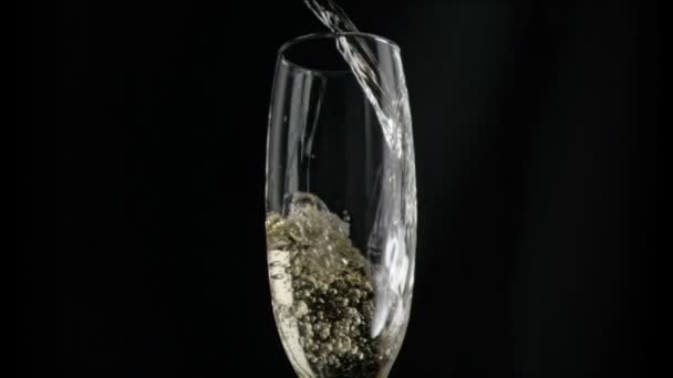 Champagne qui coule
