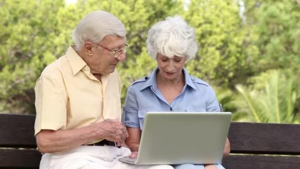 Kansas Australian Mature Online Dating Service