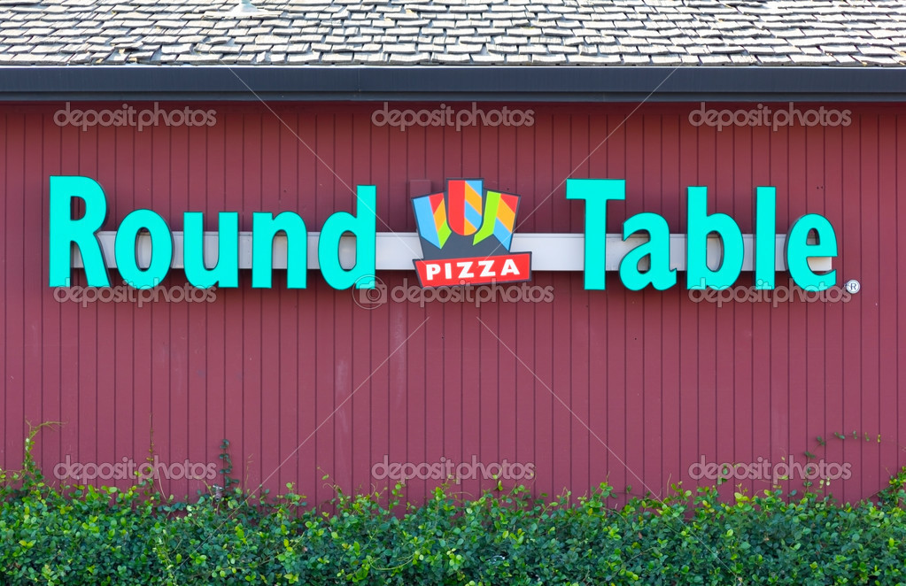 Sacramento Usa September 13 Round Table Pizza Site On Septem