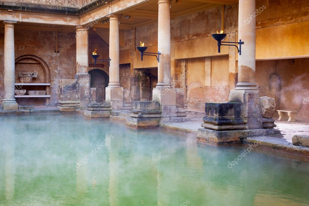the roman baths Roman baths (thermae) every town had its own bath complex (like a large swimming pool) there were 170 baths in rome during the reign of augustus and by 300 ad that number had increased to over 900 baths.