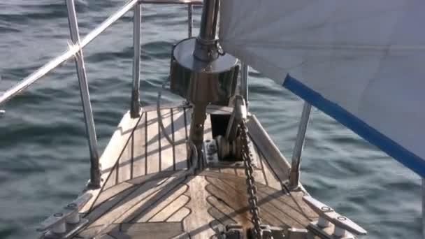 Staysail, sea