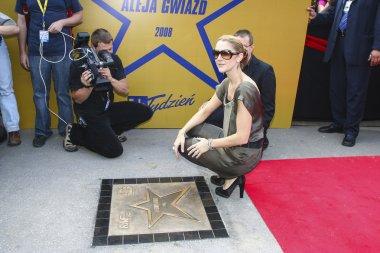 Celine dion nerede o ilk yıldız ile onurlandırıldı Krakow