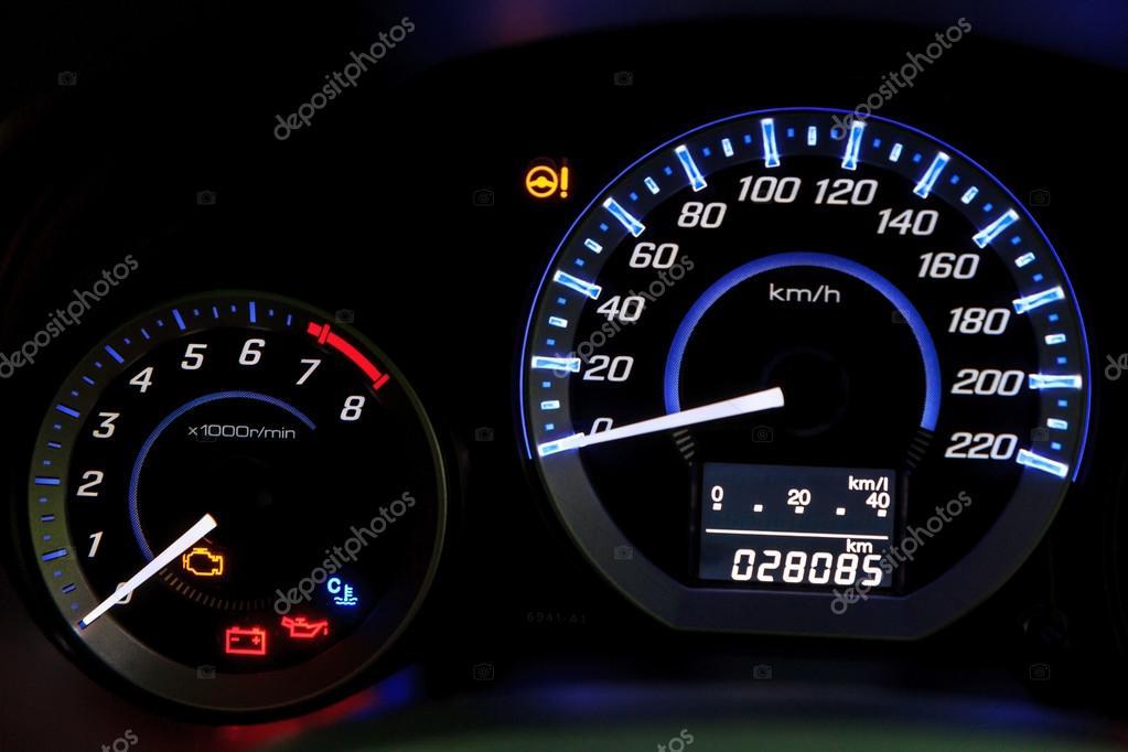 indicateur de vitesse voiture photographie bunwit 31453267. Black Bedroom Furniture Sets. Home Design Ideas