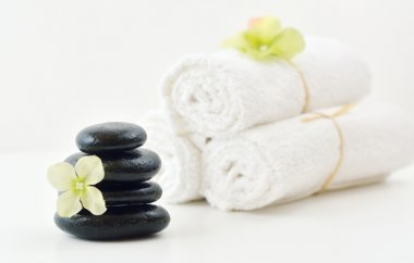 Spa Stones, Flower, & White Towels