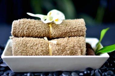 Spa Towels & Rocks