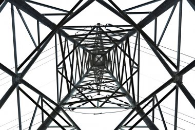 Isolated Pylon Abstract