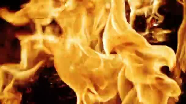 pomalé spalování krbu oheň closeup