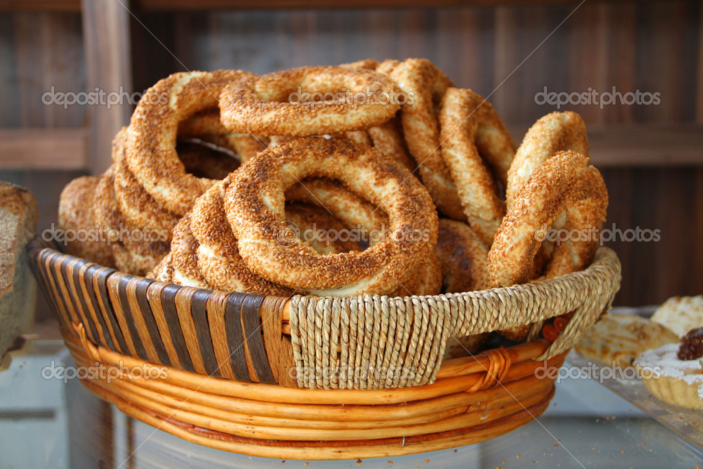 Turkish pastry simit in basket — Stock Photo © Dr Art #35842087