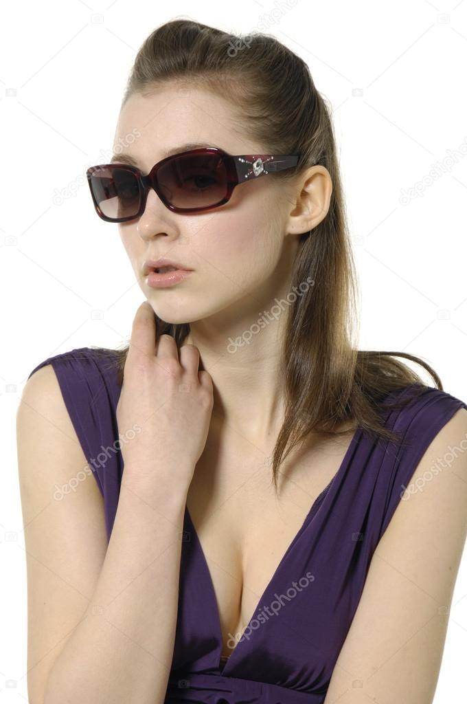 Mode modèle portrait avec lunettes de soleil — Image de crystalstock 9287af808880