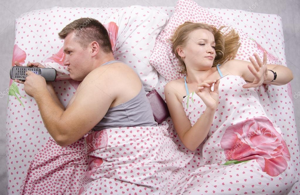 Смотреть муж и жена в постели фото 159-993