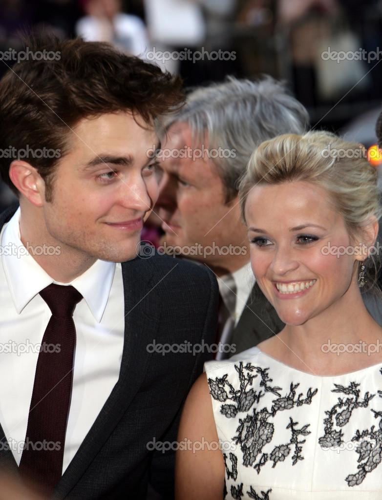 Rob Pattinson E Reese Witherspoon Assistere Alla Premiere Di Come L
