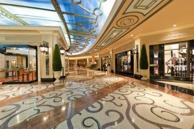 Modern Luxury Shopping Mall