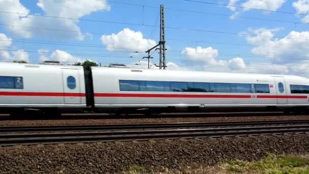 Kolín - cca červen 2013 - německé Vysokorychlostní vlak