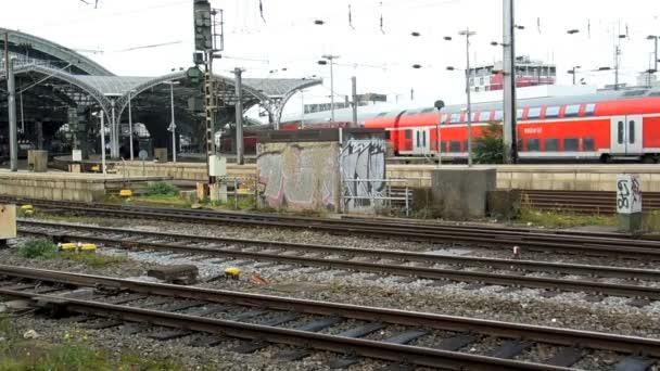 Regional express-Zug in Köln Hbf